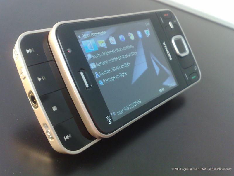 Nokia_n96_by_nokia_n95-3