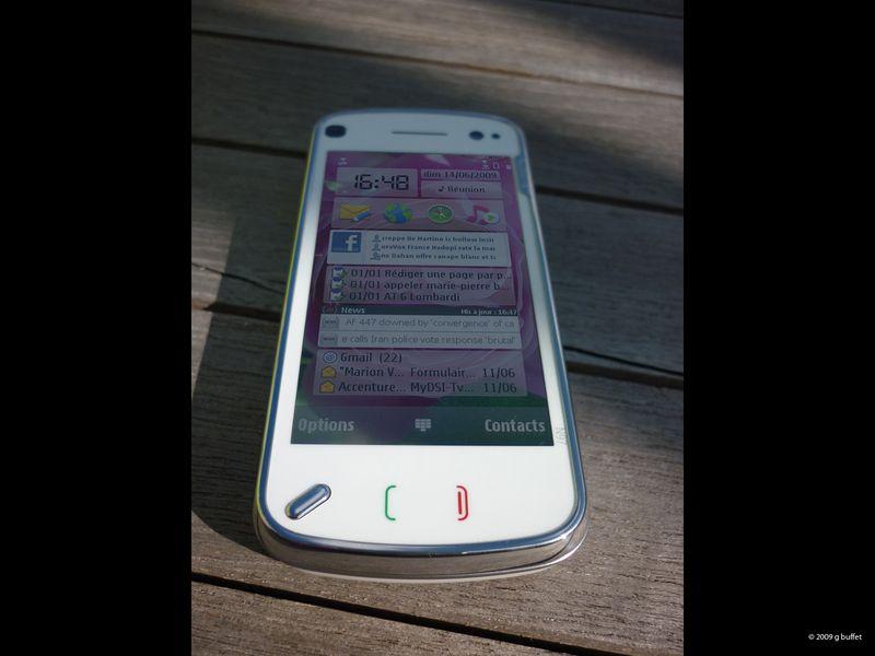 Nokia_n97_ferme_fe