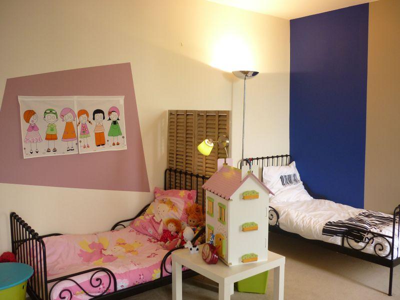 d co chambre jumeaux. Black Bedroom Furniture Sets. Home Design Ideas