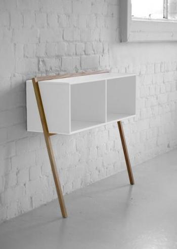 console et table de chevet lean man la d co d cod e. Black Bedroom Furniture Sets. Home Design Ideas