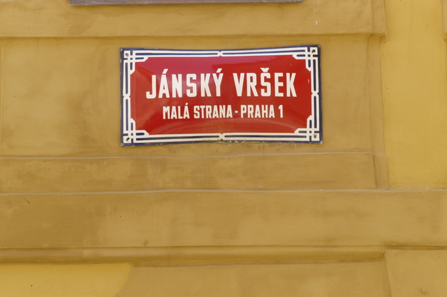 Plaque_rue_prague